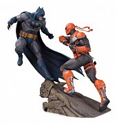 DC Comics Battle Statue Batman vs. Deathstroke 30 cm --- DAMAGED PACKAGING